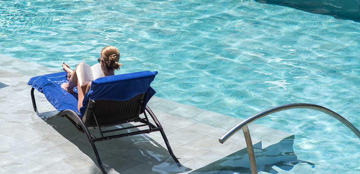 Reading time by the pool