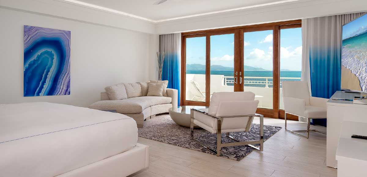 Deluxe Beachfront Junior Suite