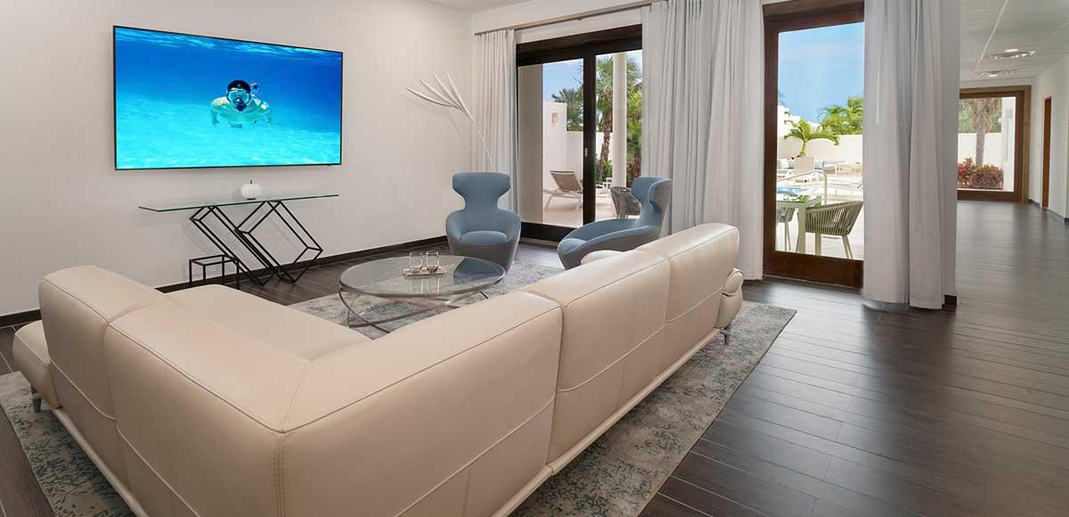 Living room, Five bedroom villa