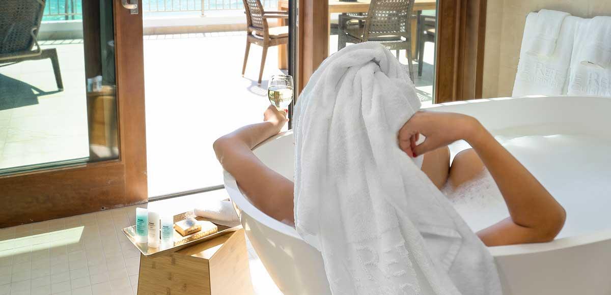 Beachfront Suite Bath